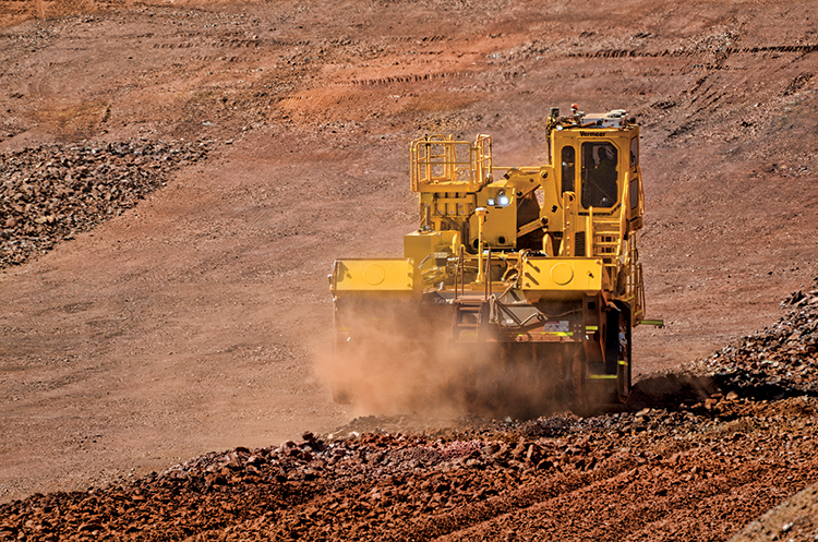 img: https://vermeer-want.com.au/wp-content/uploads/2019/06/T1655_Action_03_Ironore-2.jpg