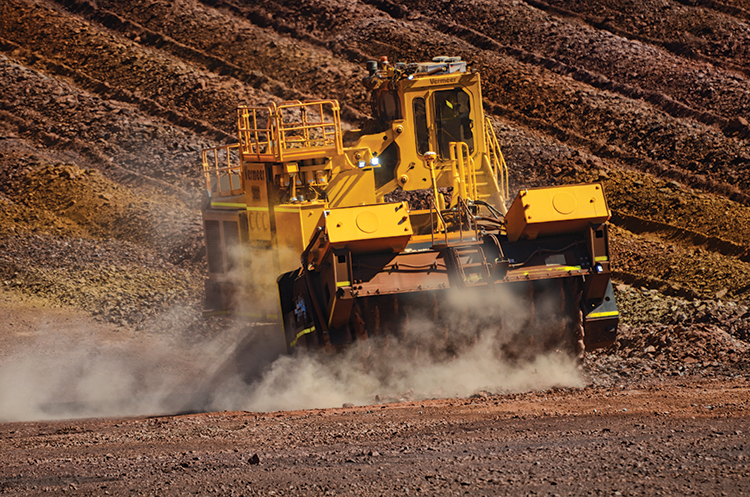 img: https://vermeer-want.com.au/wp-content/uploads/2019/06/T1655_Action_06_Ironore_1-2.jpg