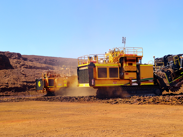 img: https://vermeer-want.com.au/wp-content/uploads/2019/06/T1655_T1255_Action_09_Australia_IronOre_1-2.jpg