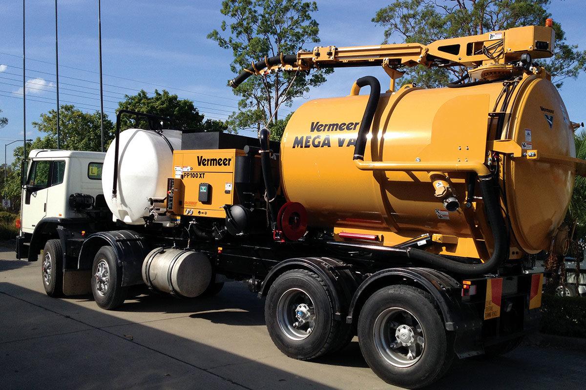 img: https://vermeer-want.com.au/wp-content/uploads/2019/06/product-image-vermeer-vx100-vacuum-excavators-2-1200x800.jpg