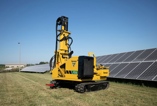 img: https://vermeer-want.com.au/wp-content/uploads/2021/07/pd5-pile-driver-on-solar-installation-jobsite.jpg